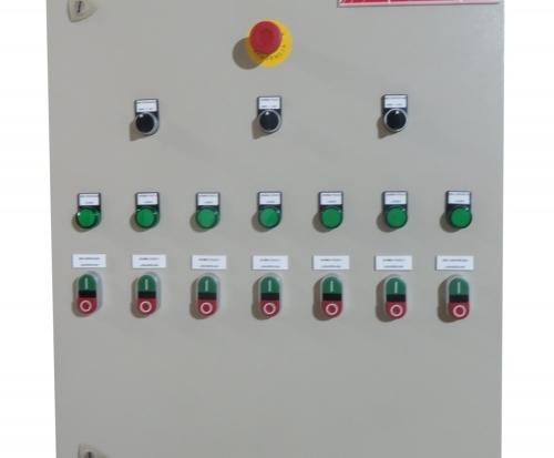 Quadros de Distribuição e Controle de Baixa Tensão TTA/PTTA